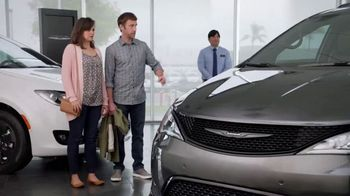 2019 Chrysler Pacifica TV Spot, 'Are We a Van Family?: Talking Van' [T2]