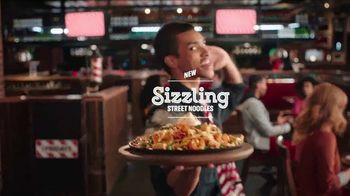 TGI Friday's Sizzling Entrées TV Spot, 'Dance' - Thumbnail 3