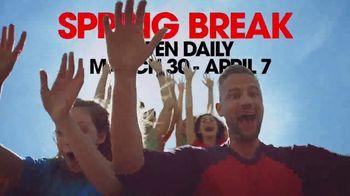 Six Flags Season Pass Sale TV Spot, '2019 Spring Break: White Water Pass' - Thumbnail 4