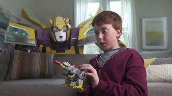 Transformers Cyberverse Action Attackers TV Spot, 'Get More Whoa' - Thumbnail 6