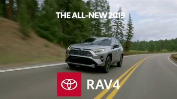 2019 Toyota RAV4 TV Spot, 'Redefined Compact SUV' [T2] - Thumbnail 3
