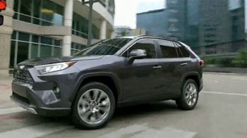 2019 Toyota RAV4 TV Spot, 'Redefined Compact SUV' [T2] - Thumbnail 4