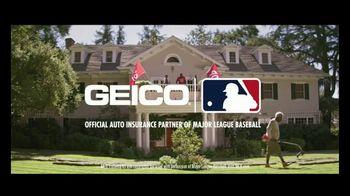GEICO TV Spot, 'Landscaper Cuts Rival Baseball Logo into Customer's Grass' - Thumbnail 8