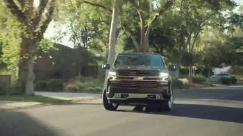 Chevrolet Silverado TV Spot, 'The Official Truck of Real People' [T1] - Thumbnail 4
