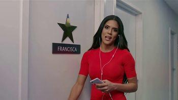 Audible Inc. TV Spot, 'El secreto para el éxito' con Francisca LaChapel [Spanish] - Thumbnail 8