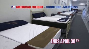 American Freight Mattress Blowout TV Spot, 'Dream Sleep and Resort Gold' - Thumbnail 10