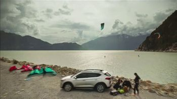 2019 Hyundai Tucson TV Spot, 'Family of SUVs: Kiteboarding' [T1] - Thumbnail 6