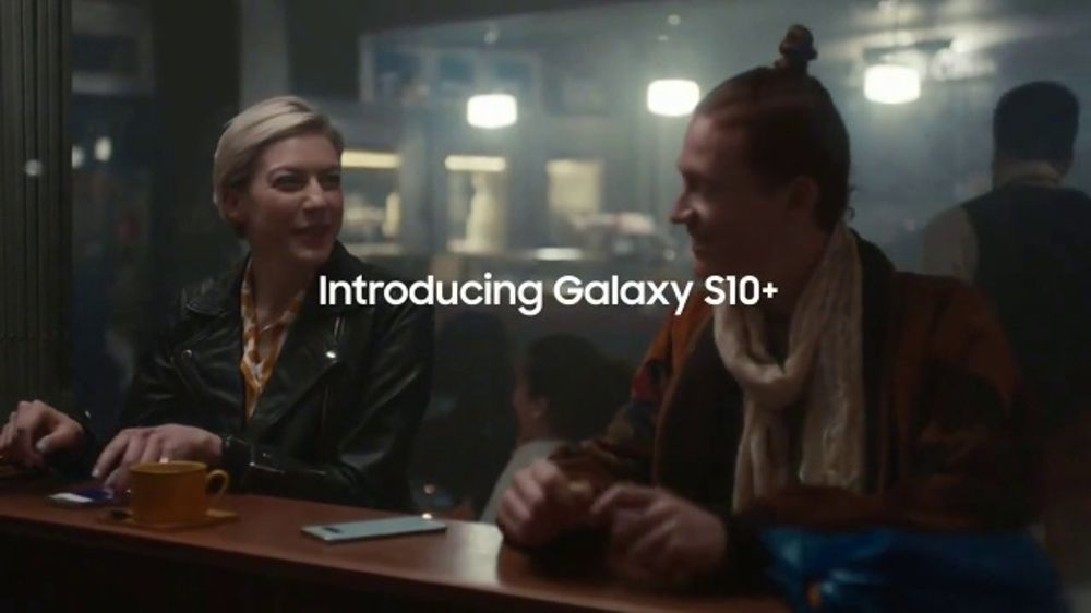 Samsung Galaxy S10 TV Commercial, 'Wireless PowerShare' Song by Olly Anna -  Video