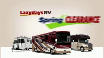 Lazydays Spring Clearance TV Spot, 'Travel Trailers' - Thumbnail 4