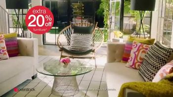 Overstock.com Spring Black Friday Blowout TV Spot, 'Patio Sets, Area Rugs and Furniture' - Thumbnail 7
