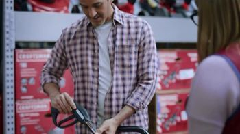Lowe's Spring Black Friday Sale TV Spot, 'Finish Strong: Trimmer' Featuring Jay Wright - Thumbnail 5