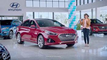 Hyundai Spring Fever Sales Event TV Spot, 'Feeling the Fever' [T2] - Thumbnail 2
