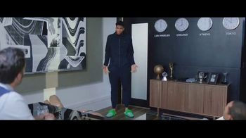 Hulu With Live TV TV Spot, 'Hulu Has Live Sports: Slippers' Featuring Giannis Antetokounmpo - Thumbnail 5