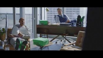 Hulu With Live TV TV Spot, 'Hulu Has Live Sports: Slippers' Featuring Giannis Antetokounmpo - Thumbnail 9