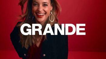 Macy's TV Spot, 'Esto es grande: miles de rebajas' [Spanish] - Thumbnail 1