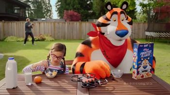 Frosted Flakes TV Spot, 'New Drone Great' - Thumbnail 1