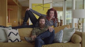 Sling TV Spot, 'Statue: Seven Days Free' Featuring Nick Offerman, Megan Mullally - Thumbnail 7