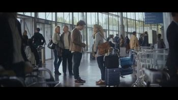 Extra Spearmint TV Spot, 'The Story of Sarah & Juan: Airport'