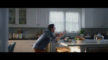 Fios by Verizon TV Spot, 'Finally Fiber Optic + $50 Amazon Gift Card' Featuring Gaten Matarazzo - Thumbnail 5