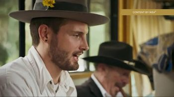IKEA TV Spot, 'Celebrating Hanukkah with a Country Music Legend' Featuring Kinky Friedman - Thumbnail 4