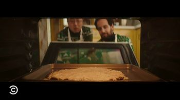iRobot i7+ TV Spot, 'Comedy Central: Best Friends' Guide: Holiday Traditions' - Thumbnail 5
