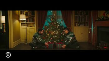 iRobot i7+ TV Spot, 'Comedy Central: Best Friends' Guide: Holiday Traditions' - Thumbnail 6