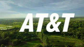 AT&T Wireless TV Spot, 'OK: Tattoo Parlor: Samsung Galaxy S9' - Thumbnail 7