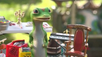 GEICO TV Spot, 'The Gecko Has a Yard Sale' - Thumbnail 3