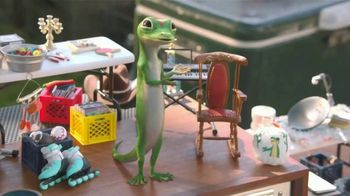 GEICO TV Spot, 'The Gecko Has a Yard Sale' - Thumbnail 5
