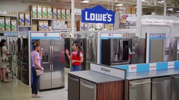 Lowe's TV Spot, 'Fridge Moment: Frigidaire Range' - Thumbnail 5