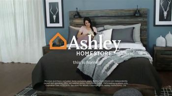 Ashley HomeStore One Day Sale TV Spot, 'Hot Buys' Song by Midnight Riot - Thumbnail 9