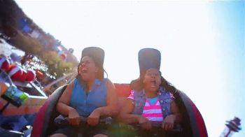 Six Flags Park Opening Season Pass Sale TV Spot, 'Hurricane Harbor' - Thumbnail 3