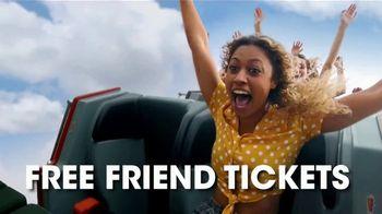 Six Flags Park Opening Season Pass Sale TV Spot, 'Hurricane Harbor' - Thumbnail 5