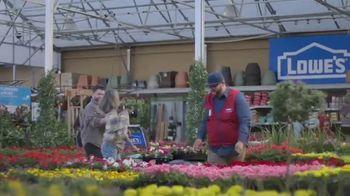 Lowe's TV Spot, 'Step Ahead of Spring: Mulch' - Thumbnail 6
