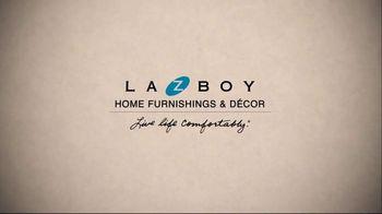 La-Z-Boy Markdown Madness TV Spot, 'Closeouts & Overstock' - Thumbnail 2