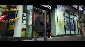 Tennis Warehouse TV Spot, 'Asics Brandography' Featuring Novak Djokovic - Thumbnail 5
