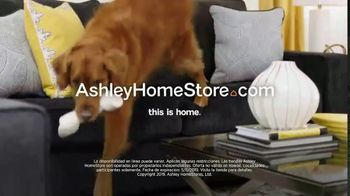 Ashley HomeStore Lowest Prices of the Season TV Spot, 'Los precios ideales' canción de Midnight Riot [Spanish] - Thumbnail 6