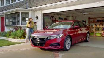 Honda Dream Garage Spring Event TV Spot, 'Cleaning' [T2] - Thumbnail 5