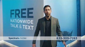 Spectrum Mobile Unlimited Data TV Spot, 'No Limitations' - Thumbnail 7