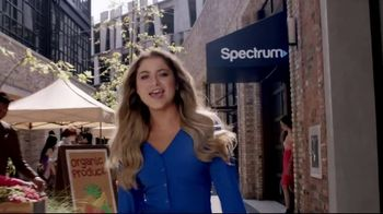 Spectrum Mobile TV Spot, 'All About You' Featuring Sofía Reyes, Thomas Augusto - Thumbnail 1