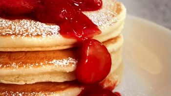 Perkins Restaurant & Bakery TV Spot, 'Strawberry Season' - Thumbnail 7