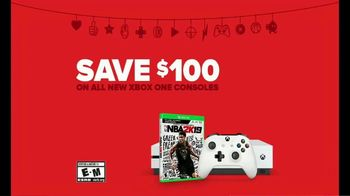 GameStop Game Days Sale TV Spot, 'Santa Freak Out: Xbox and Games Offer' - Thumbnail 9
