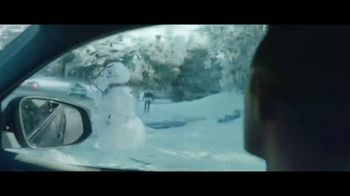 Toyota Toyotathon TV Spot, 'Home for the Holidays: Hugs' Song by Sara Bareilles, Ingrid Michaelson [T2] - Thumbnail 3