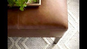 Bassett New Years Sale TV Spot, 'HGTV Home Design Studio: Custom Furniture' - Thumbnail 8