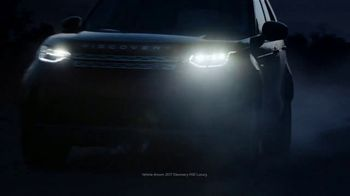 Land Rover Season of Adventure Sales Event TV Spot, 'White Christmas' [T2] - Thumbnail 4