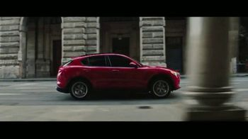 Alfa Romeo Season of Speed TV Spot, \'Critic\'s Choice\' [T2]