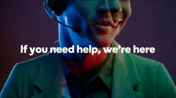 GoDaddy TV Spot, 'Build a Professional Website With Your Mobile Phone' Song by Coop - Thumbnail 7