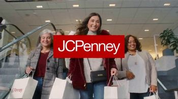 JCPenney TV Spot, 'Almost Christmas: Jewelry and Fitbit' Song by Redbone - Thumbnail 1