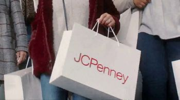 JCPenney TV Spot, 'Almost Christmas: Jewelry and Fitbit' Song by Redbone - Thumbnail 3