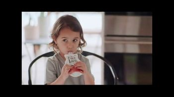 Once Upon a Farm TV Spot, 'Fresh From the Fridge Baby Food' - Thumbnail 9